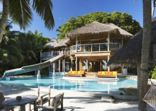 马尔代夫最贵滑梯房集合,一晚过万元